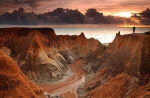Falésias de Morro Branco é um dos atrativos mais procurados por turistas